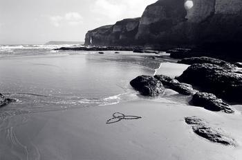 white_rocks_triquetra